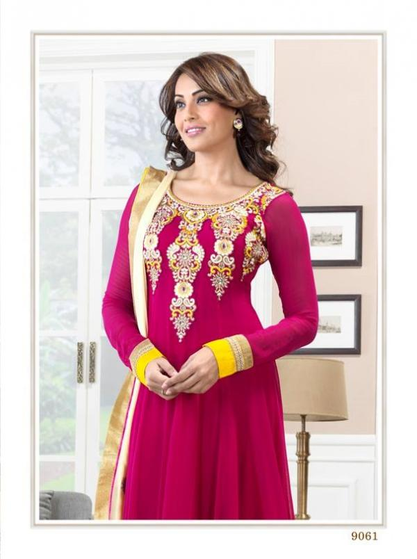 bipasha-basu-in-indian-anarkali-suits- (3)