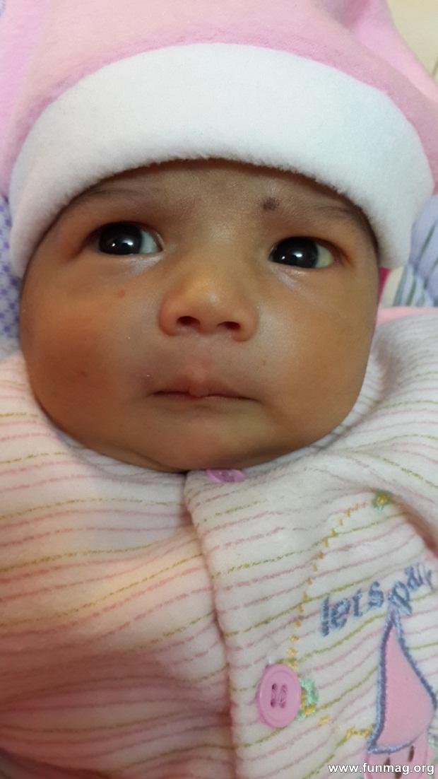 new-born-baby-aizab-31-photos- (17)