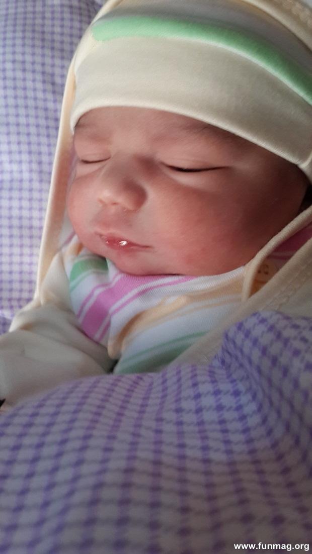 new-born-baby-aizab-31-photos- (8)
