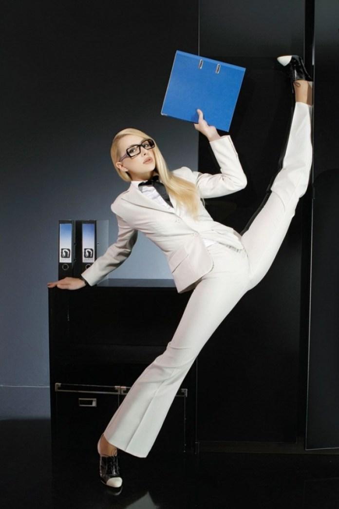 flexible-girl-zlata- (1)