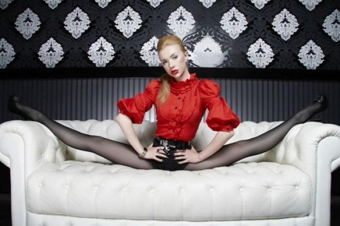 flexible-girl-zlata- (21)