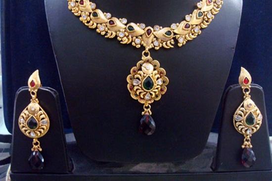 kundan-jewelry-sets- (11)