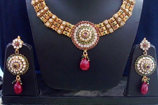 kundan-jewelry-sets- (7)