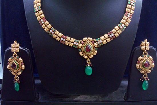 kundan-jewelry-sets- (8)