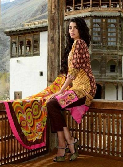 warda-saleem-lawn-2014-by-shariq-textile- (21)