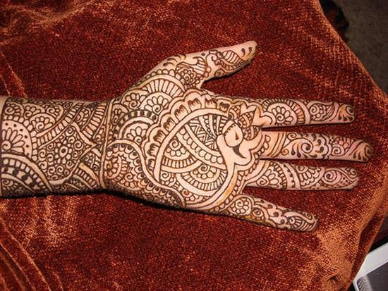 beautiful-mehndi-design-for-eid-2014- (22)