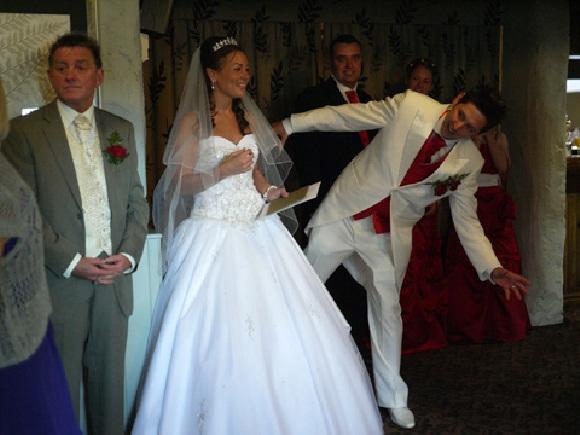 funny-wedding-28-photos- (11)