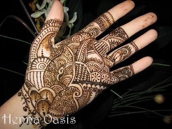 latest-mehndi-designs-for-eid-ul-adha-2014- (14)