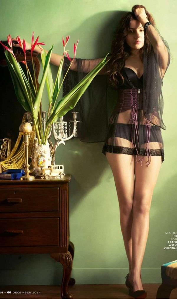 anushka-sharma-photoshoot-for-gq-magazine-december-2014- (4)