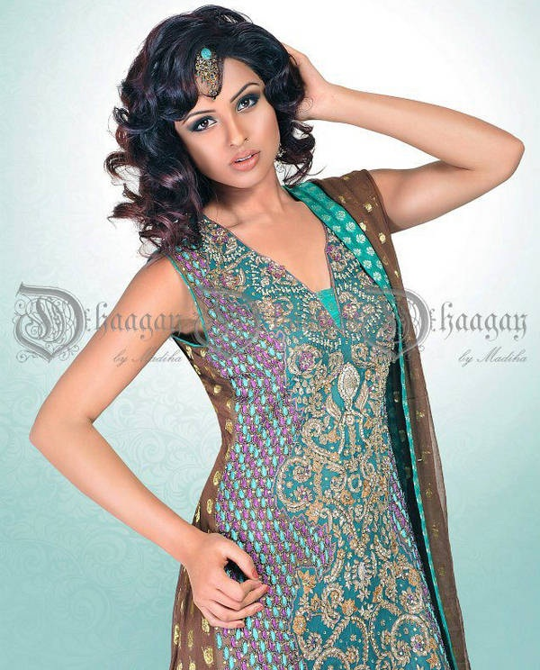 party-wear-dresses-by-dhaagay- (1)