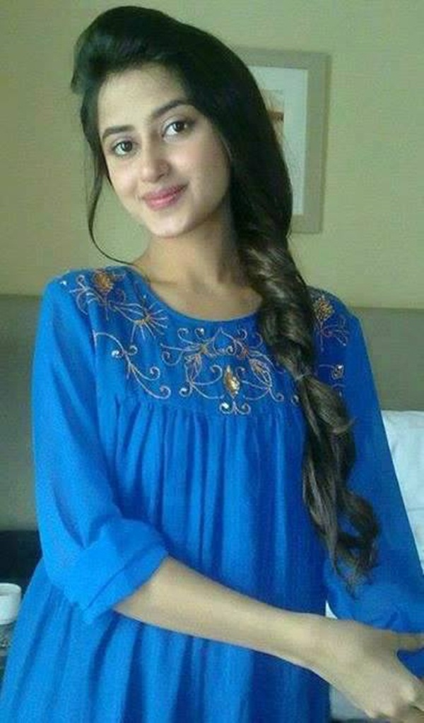 sajal-ali-photos- (20)