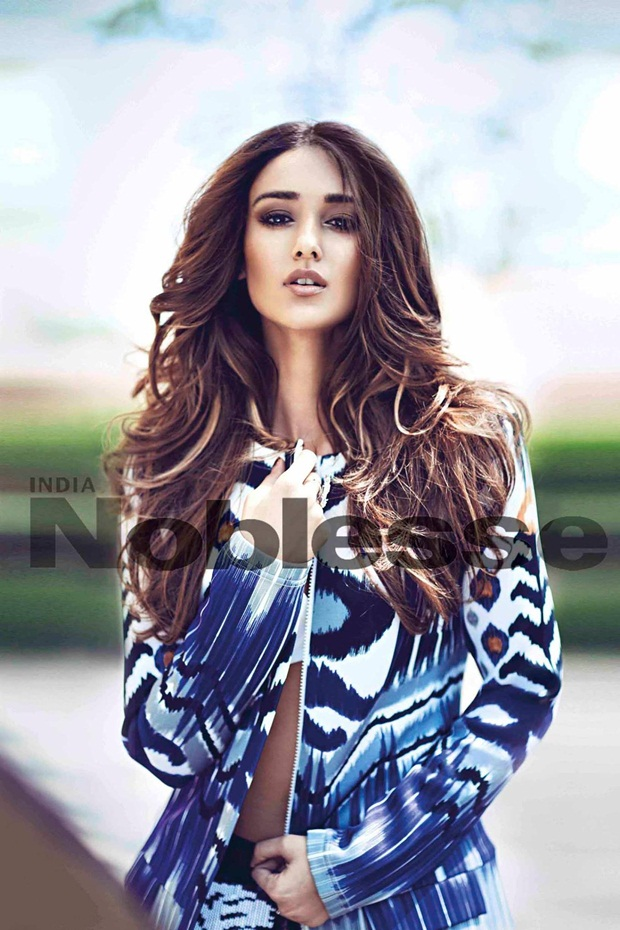 ileana-dcruz-photoshoot-for-noblesse-magazine-2015- (2)