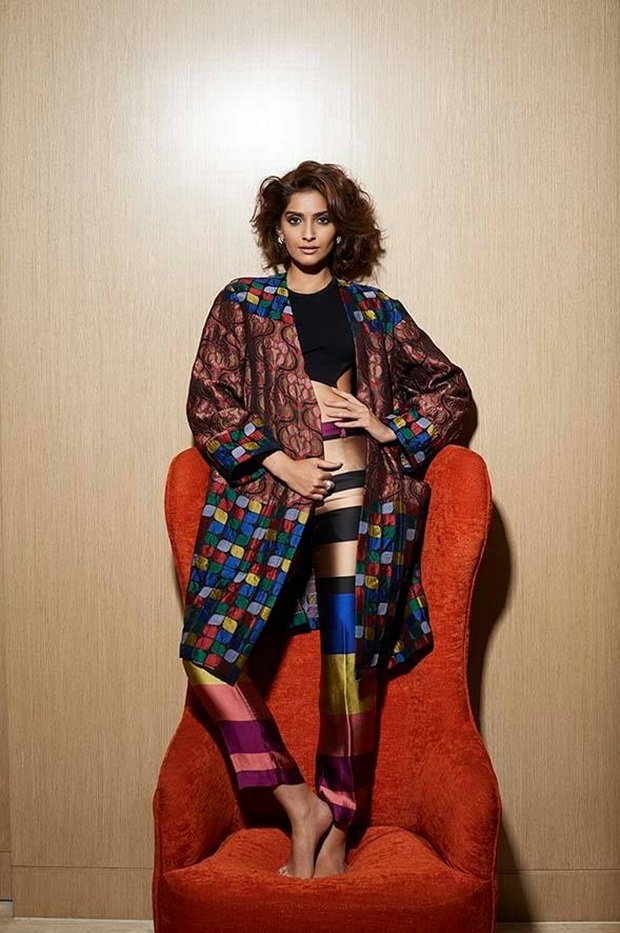 sonam-kapoor-photoshoot-for-lofficiel-june-2015- (5)