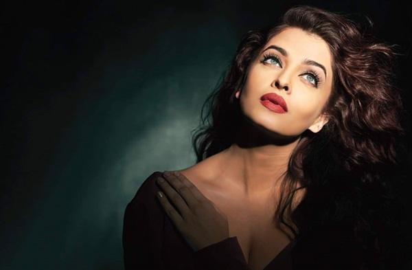 aishwarya-rai-photoshoot-for-filmfare-magazine-october-2015- (4)