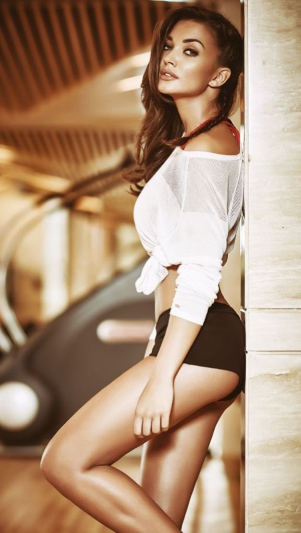 amy-jackson-photoshoot-for-fhm-magazine-october-2015- (3)