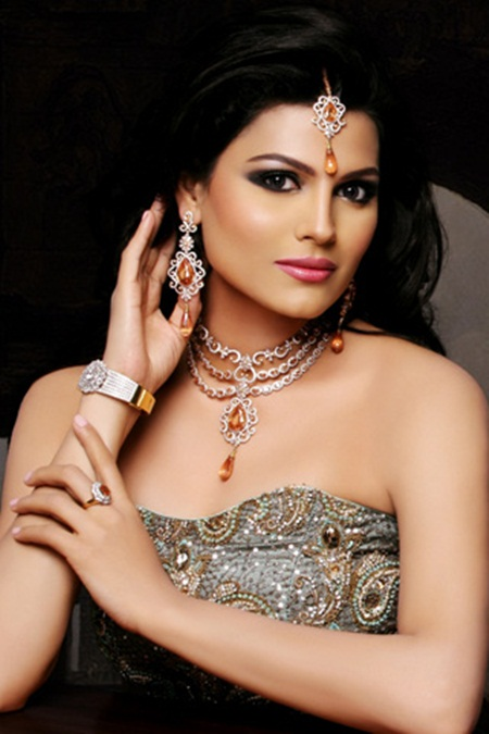 latest-jewelry-collection-by-sarwan-jewelers- (2)