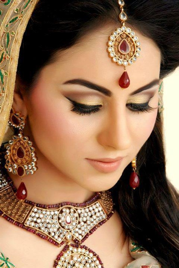 bridal-makeup-photos- (2)