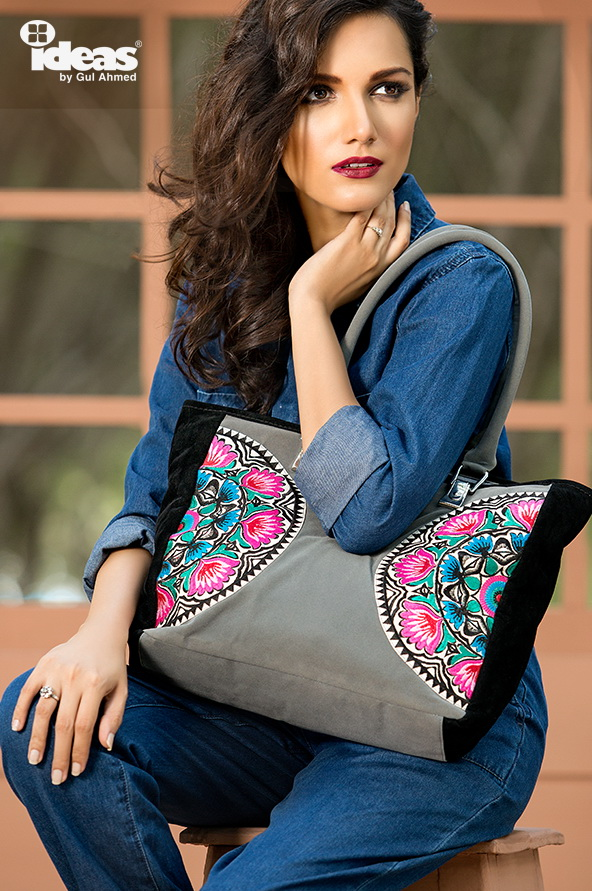 gul-ahmed-shoes-and-bags-collection-2015-16- (35)