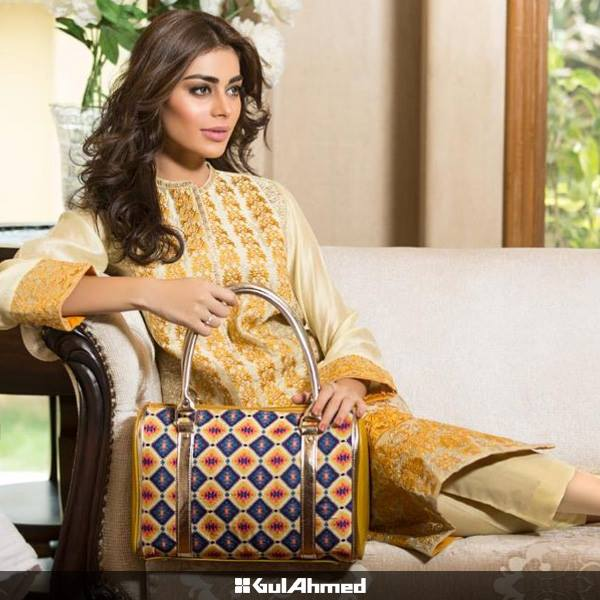 gul-ahmed-shoes-and-bags-collection-2015-16- (9)
