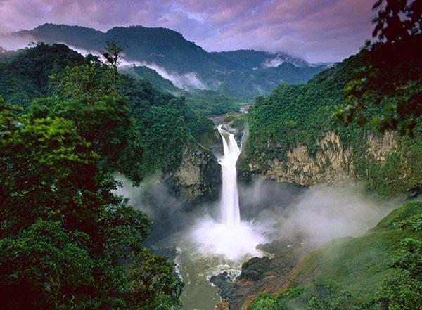 beautiful-waterfall-14-photos- (12)