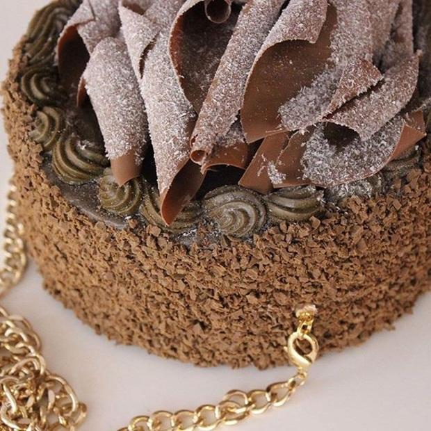 designer-handbags-and-accessories-look-like-food- (10)