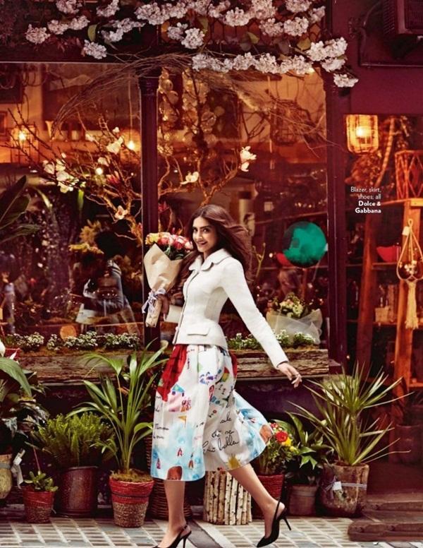 sonam-kapoor-photoshoot-for-vogue-magazine-december-2015- (6)
