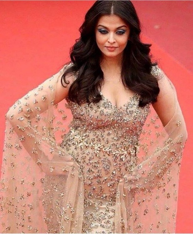 aishwarya-rai-in-cannes-2016- (23)