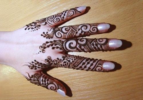 beautiful-mehndi-designs-for-fingers- (1)