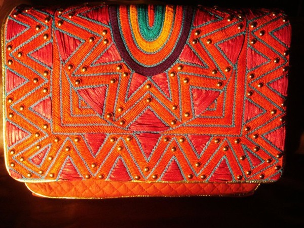 colorful-bags-collection-by-mahin-hussain- (11)