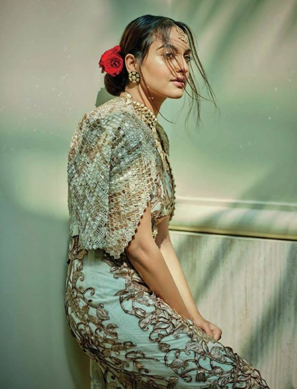 sonakshi-sinha-photoshoot-for-femina-magazine-december-2016- (3)