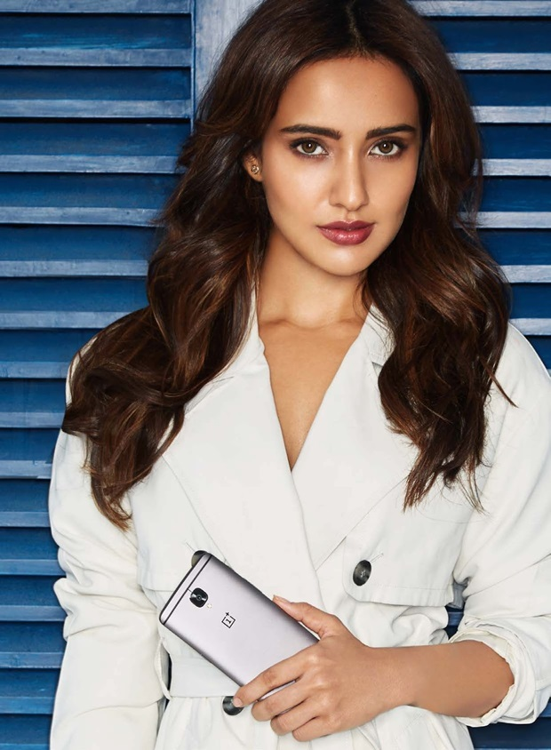 neha-sharma-photoshoot-for-exhibit-magazine-january-2017- (1)