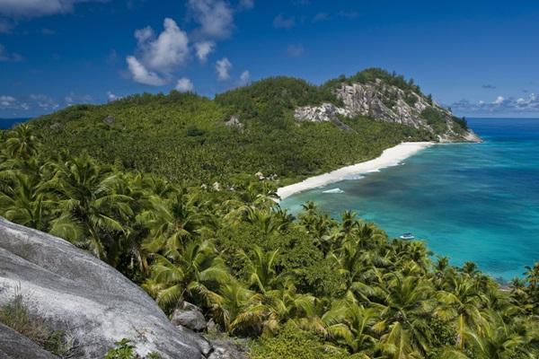 north-island-hotel-seychelles- (11)