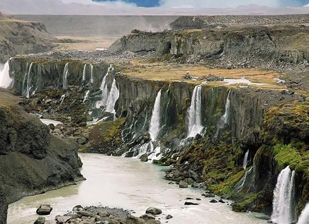 photos-of-beautiful-landscape-of-iceland (3)