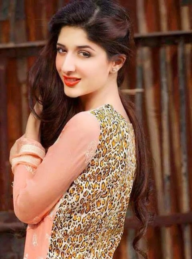 mawra-hocane-photos- (12)