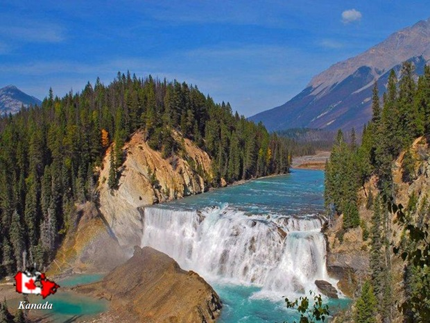 photos-of-beautiful-waterfalls-around-the-world- (22)