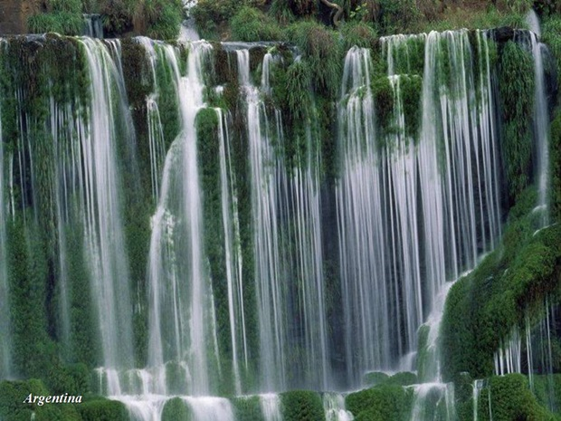 photos-of-beautiful-waterfalls-around-the-world- (33)