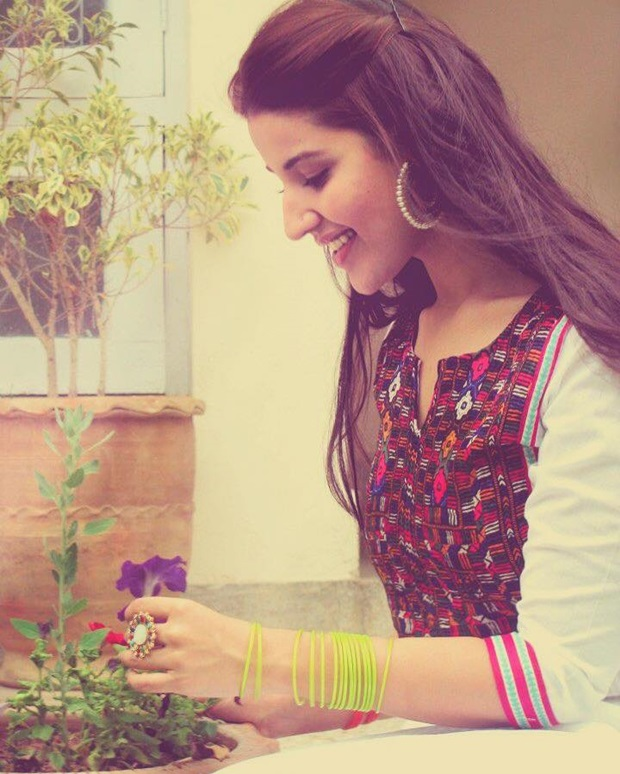 beautiful-pakistani-actress-hareem-farooq-photos- (13)