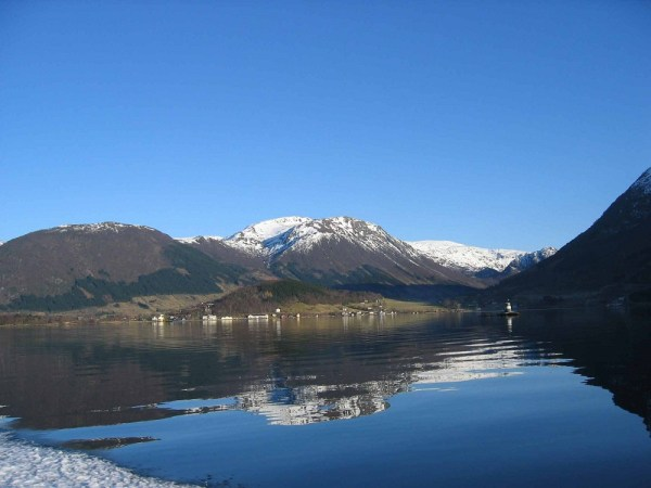 norway-fjords-wallpapers- (6)