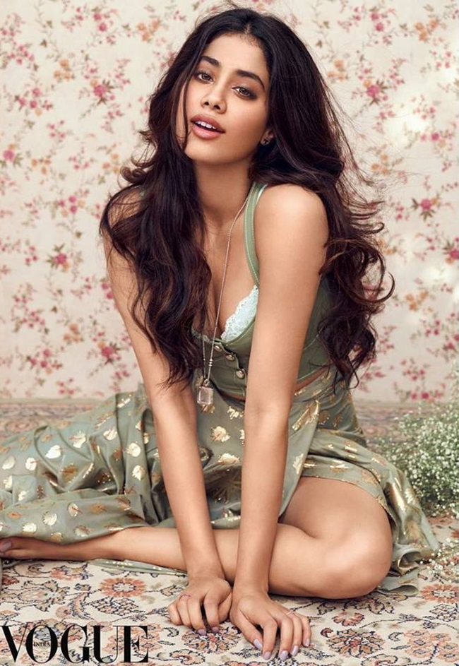 Jhanvi-kapoor-photoshoot-for-vogue-magazine-2018- (10)