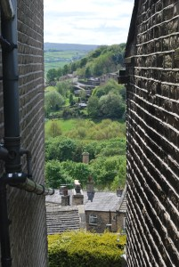 Even Golcar ginnels have views...