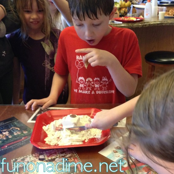 The Flour Game {Group Games}