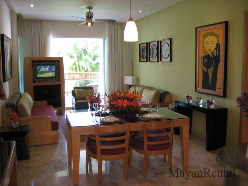 Grand Mayan One Bedroom Accommodations