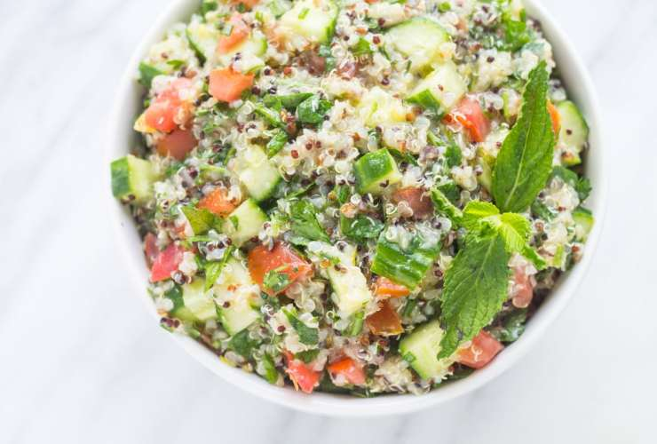 With fresh tomatoes, cucumber, and lots of herbs, Low Fodmap Quinoa Tabbouleh is filled with fresh, Mediterranean-inspired flavor. It's gluten free, dairy free and vegetarian!