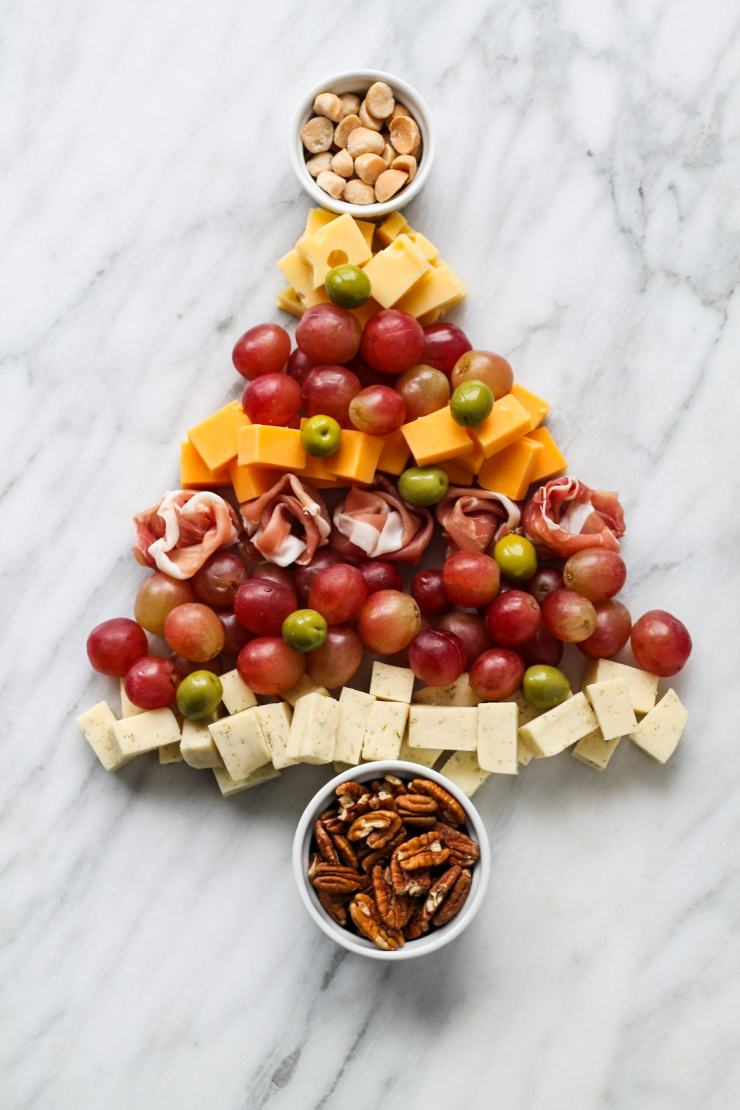 Cheese boards are an easy way to entertain! Find out how to create a Low FODMAP Cheese Board for holiday parties or nights in with friends.