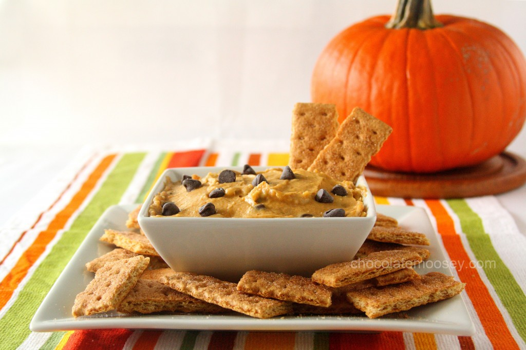 Pumpkin-Chocolate-Chip-Cookie-Dough-Dip-0031-1024x682