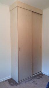 kantoorkast met schuifdeuren, gesloten