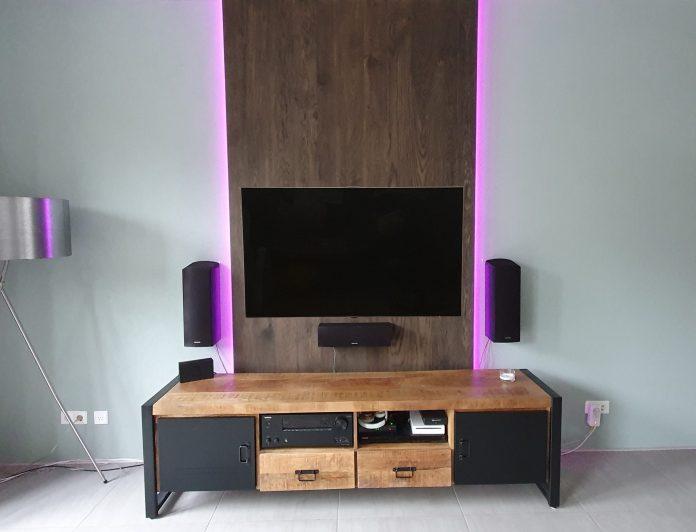 TV wand meubel verouderd eiken