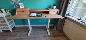 eiken bureau (oak desk) - vooraanzicht