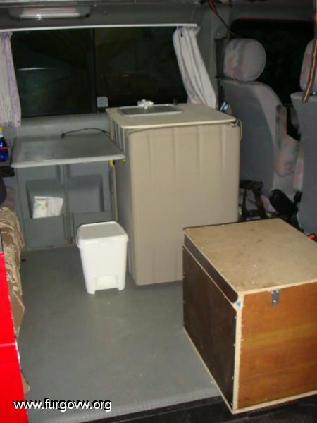 Mueble compacto cocinafregaderonevera  Multivan T4