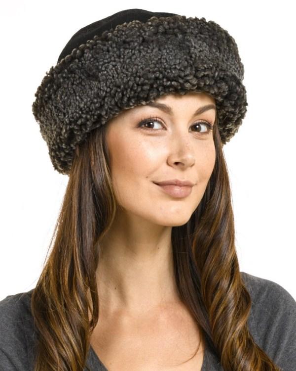 Kelowna Shearling Sheepskin Hat In Black Frost